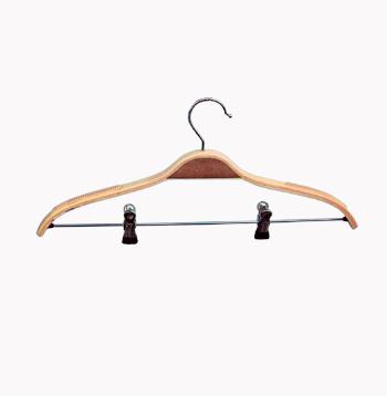 закачалка тънко рамо с щипки /дървена/ От Деми Дизайн ЕООД